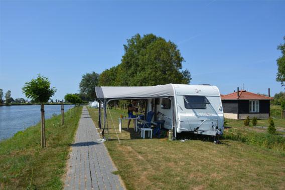 Maatschappelijk en rustig kamperen bij De 4 Elementen in Friesland en Groningen