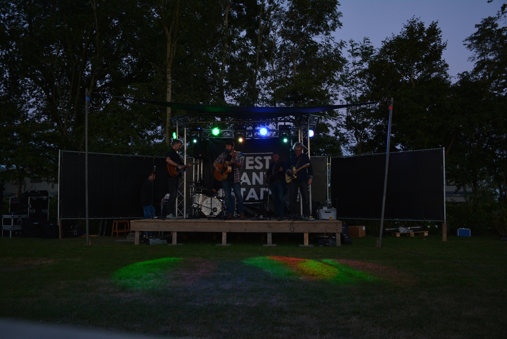 Festival Voorbij de Grens bij De 4 Elementen Stroobos
